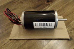 DC Motor on Cardboard